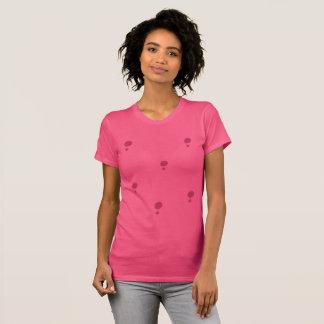 Camiseta Bolinhas cor-de-rosa simples