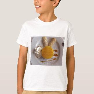 Camiseta Bolo coberto doce do sorvete do abricó