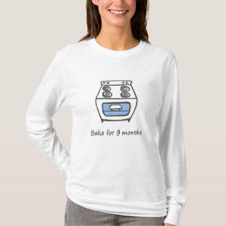 Camiseta Bolo no forno para cozer o T do menino