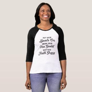 Camiseta Botas da vaqueira, chá doce, t-shirt do sul da fé