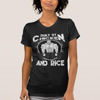 Camiseta Built By Chicken And Rice halterofilismo fitness