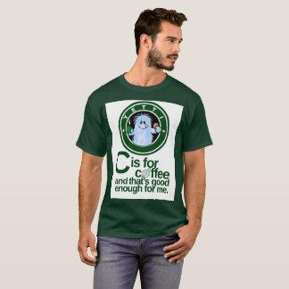 Camiseta C está para o café ligada com fundo branco