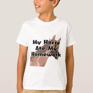 Camiseta Cabeça de cavalos - meu cavalo comeu meus