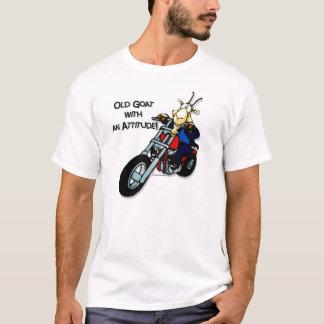 Camiseta Cabra velha com uma atitude