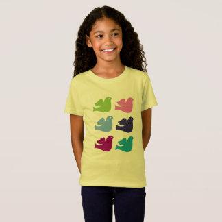 Camiseta Caçoa o amarelo do t-shirt dos desenhistas com