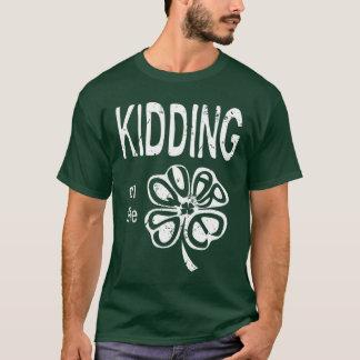Camiseta Caçoar no trevo
