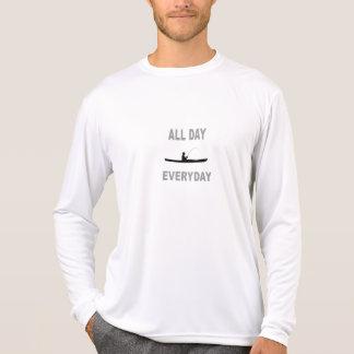Camiseta Caiaque que pesca o dia inteiro diário