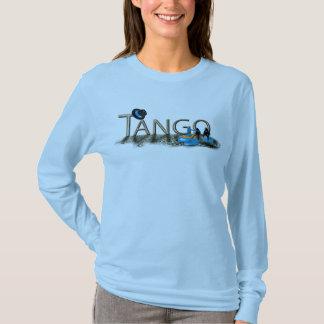 Camiseta Calçados e chapéu do tango com assoalho