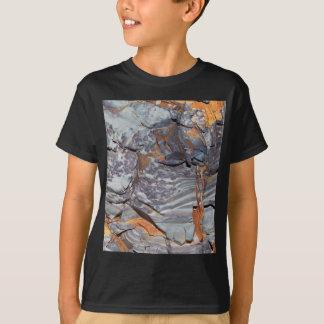 Camiseta Camadas naturais de ágata em um arenito
