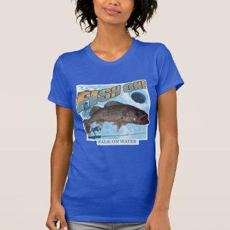 Camiseta Caminhada em walleye da água