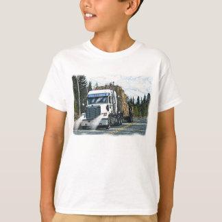 Camiseta Caminhão branco com os pacotes de feno para