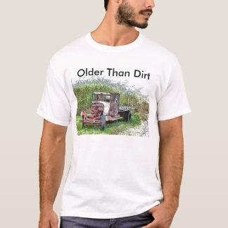Camiseta Caminhão oxidado velho, mais velho do que a