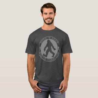 Camiseta Campeão da busca do couro cru N de Bigfoot