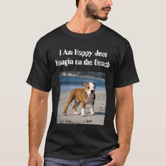 Camiseta Cão editável na praia