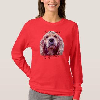 Camiseta Cara do Spaniel no t-shirt das cores do brilho