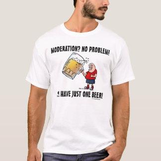 Camiseta Cara engraçada com apenas uma cerveja GRANDE