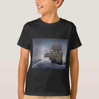 Camiseta Carrack medieval na tempestade