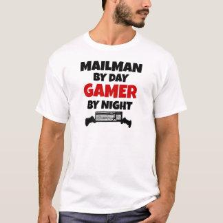 Camiseta Carteiro pelo Gamer do dia em a noite