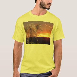 Camiseta Casal do cavalo no nascer do sol