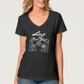 Camiseta Casal rústico da caça da festa de casamento do