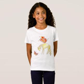 Camiseta Cavalo e borboleta feericamente