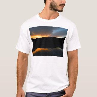 Camiseta céu no espelho