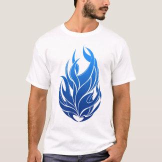 Camiseta chamas azuis