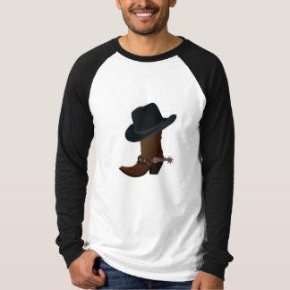 Camiseta Chapéu e bota de vaqueiro