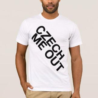 Camiseta Checo mim para fora
