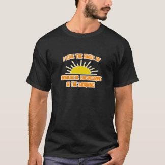 Camiseta Cheiro da engenharia biomedicável na manhã