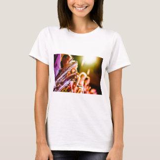 Camiseta Chifres dos saxofones dos instrumentos musicais da
