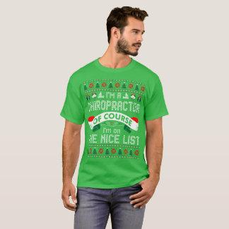 Camiseta Chiropractor naturalmente no Natal agradável da