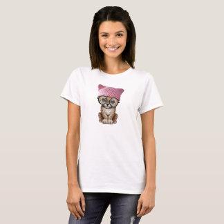 Camiseta Chita bonito Cub que veste o chapéu do bichano