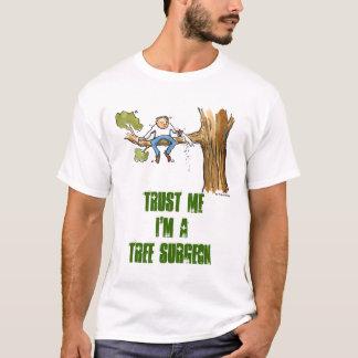 Camiseta cirurgião de árvore