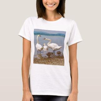 Camiseta Cisnes mudas e patos