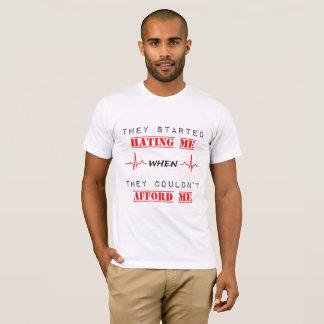Camiseta Citações da atitude no t-shirt americano básico
