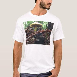 Camiseta Cogumelo amarelo do chapéu