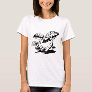 Camiseta Cogumelos tirados mão