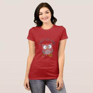 """Camiseta Colecção """"Love is owl """""""