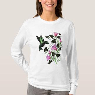 Camiseta Colibri bonito e flores