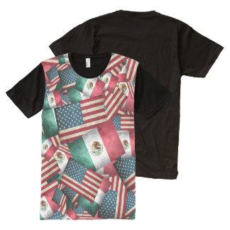 Camiseta Com Impressão Frontal Completa Bandeiras mexicanas/americanas afligidas - E.U. &