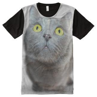 Camiseta Com Impressão Frontal Completa Gato curioso por todo o lado no t-shirt