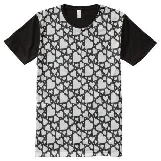 Camiseta Com Impressão Frontal Completa Teste padrão dos corações do dia dos namorados. A