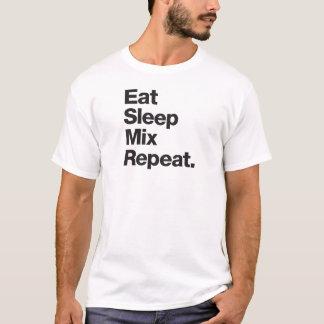 Camiseta Coma a repetição da mistura do sono