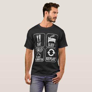 Camiseta Coma o Tshirt do estilo de vida da repetição do