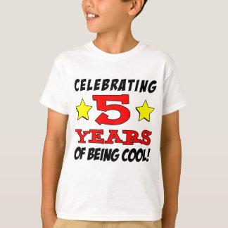 Camiseta Comemorando 5 anos de ser legal