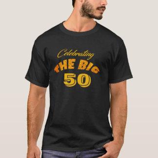 Camiseta Comemorando os 50 GRANDES - texto da cor do ouro