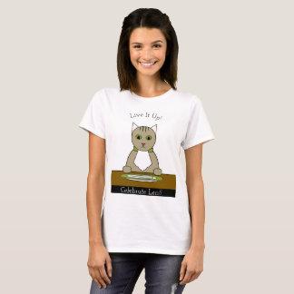 """Camiseta """"Comemore emprestado!"""" T-shirt com gato"""