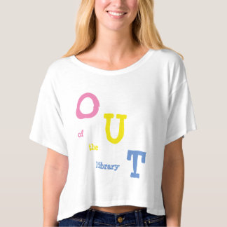 Camiseta Coming Out of a Pansexual Bookworm