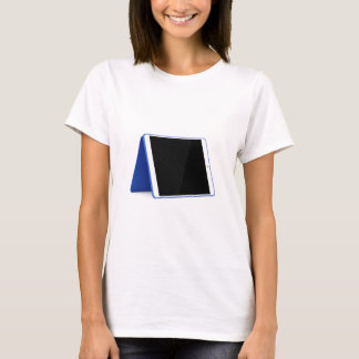 Camiseta Computador da tabuleta no branco